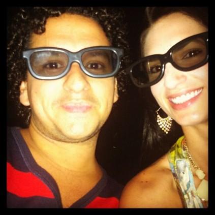 Eu e meu amigo PV super arrasando com óculos 3D! rs
